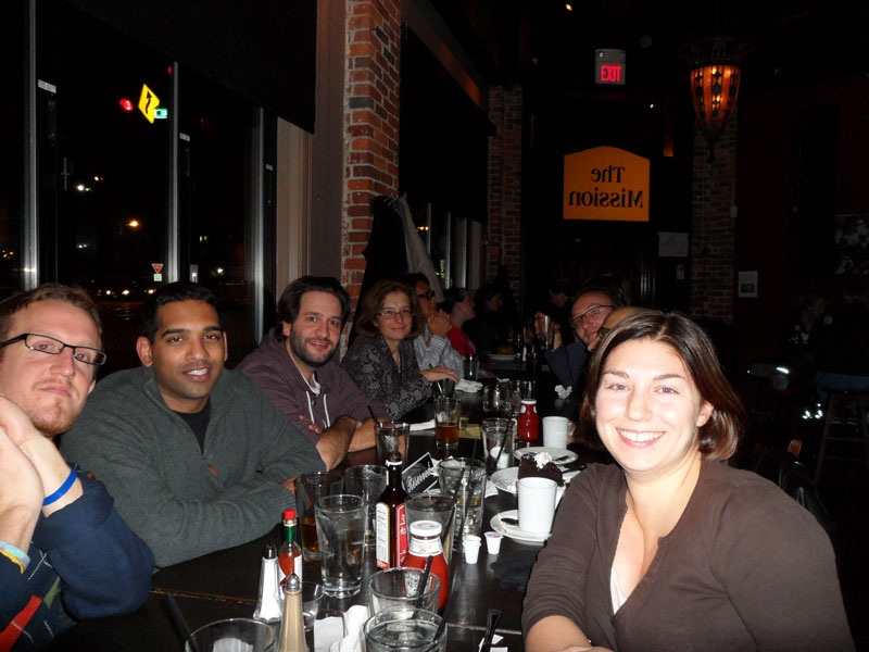 lab-group-at-table-2010-800x600